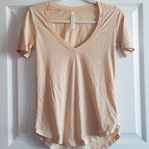 Aritzia The Group by Babaton Foundation V-Neck Top